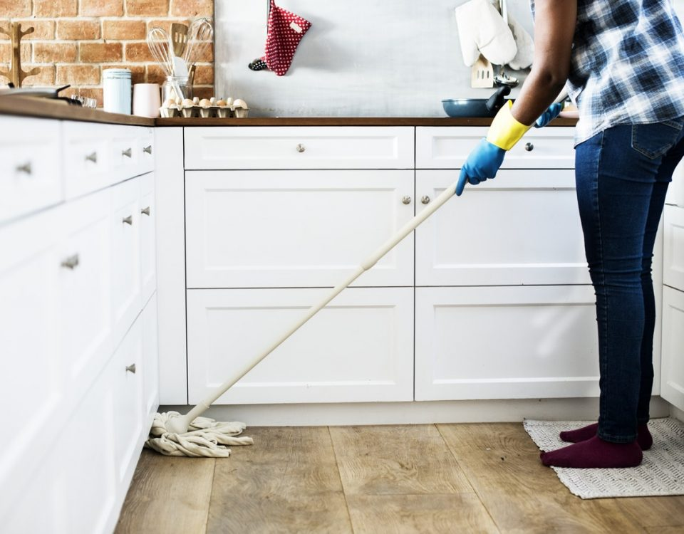 commercial cleaning professional office cleaners eco friendly Aldershot Guildford Basingstoke Reading eco clean services Health